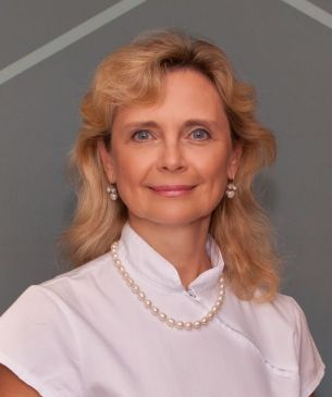 Dr. Kónya Zsuzsanna